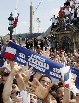 Les Français remercient zizou